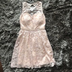 Dresses & Skirts - Light pink open-back lace dress w/ sequin accent